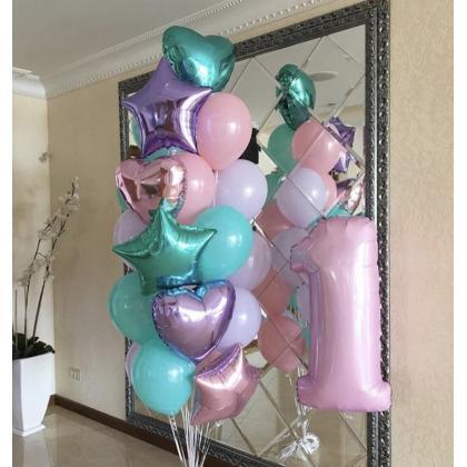 """Букет """"Первый день рождения""""."""